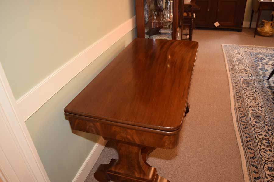 Empire Serving Table