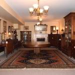 Quarter Sawn Oak Dining Room Table 475