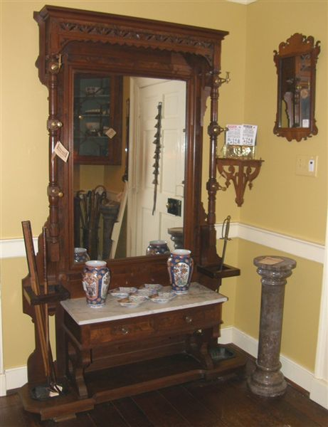 Vintage Foyer Furniture : Antique furniture foyer richmondva